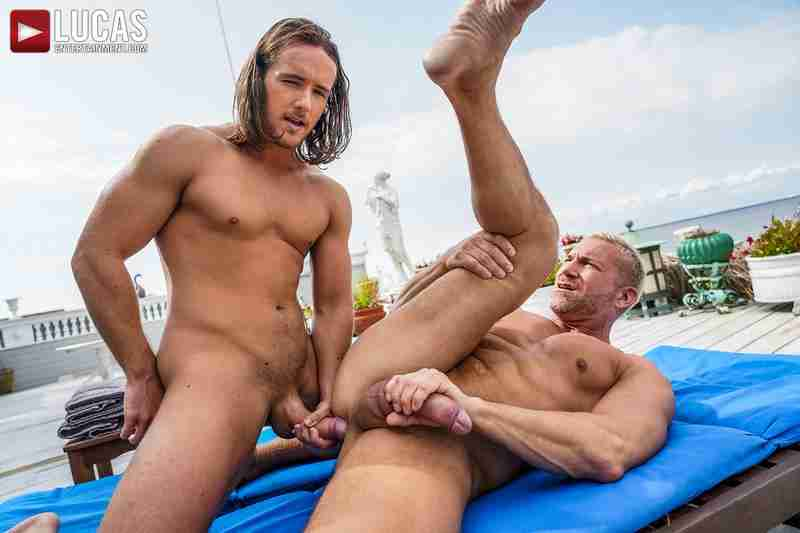 Dan Saxon Flip-Fucks With Muscle-Daddy Tomas Brand [Bareback]