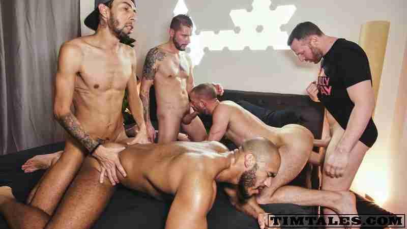 Xmas 4some – John Thomas, Louis Ricaute, Franklin Acevedo, Ethan Metz, Tim Kruger