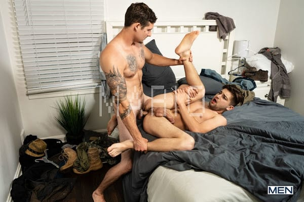 Johnny Rapid, Jonah Reeves – Off Duty Part 1