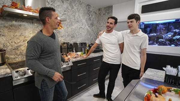 "JAX THIRIO , DAKOTA LOVELL , GABRIEL ""FAMILY THANKSGIVING"" (BAREBACK)"